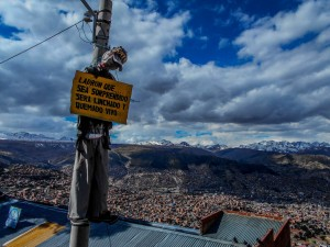 Beware signal at the entrance of El Alto